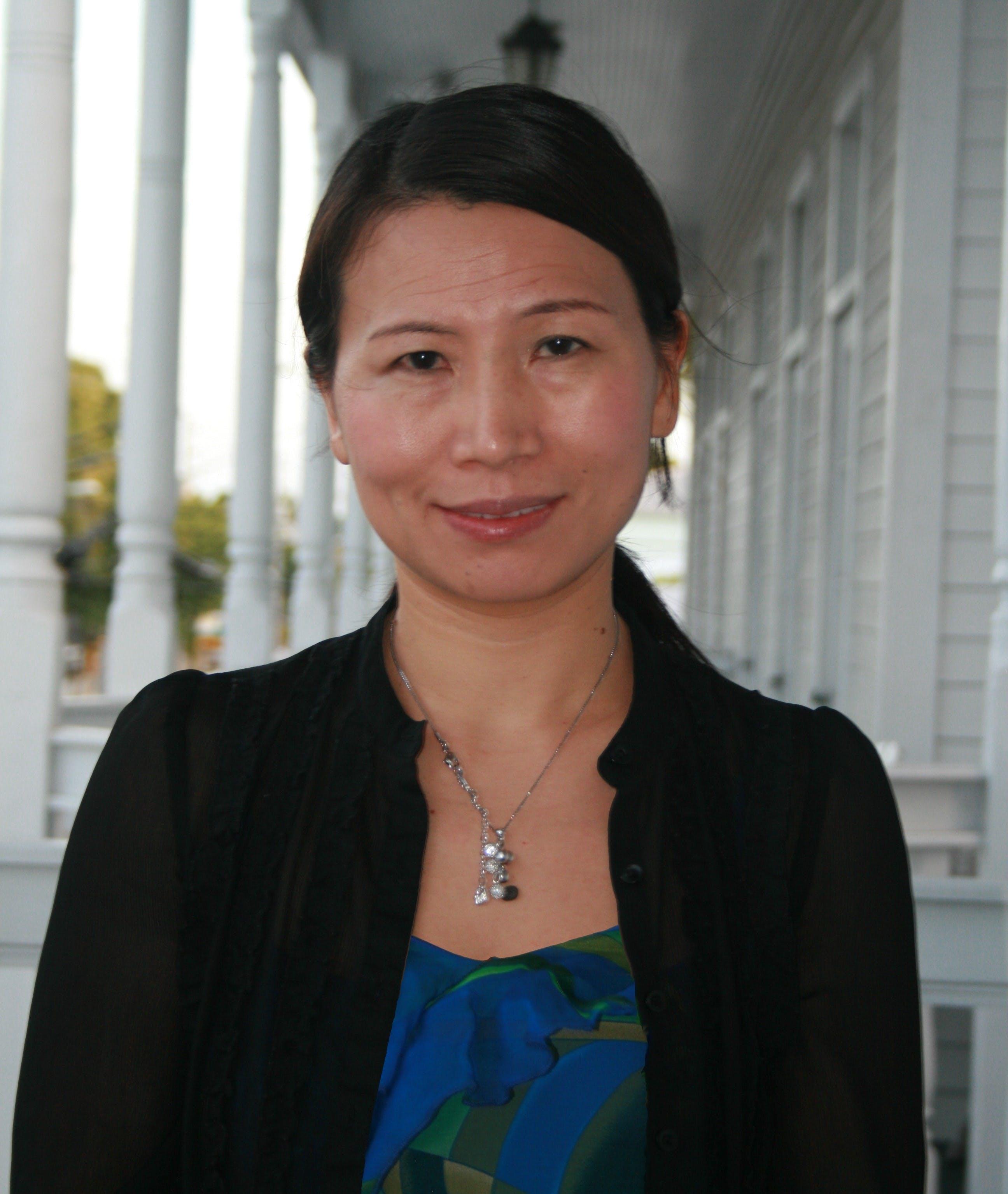 Katie Dongmei Li-Oakey